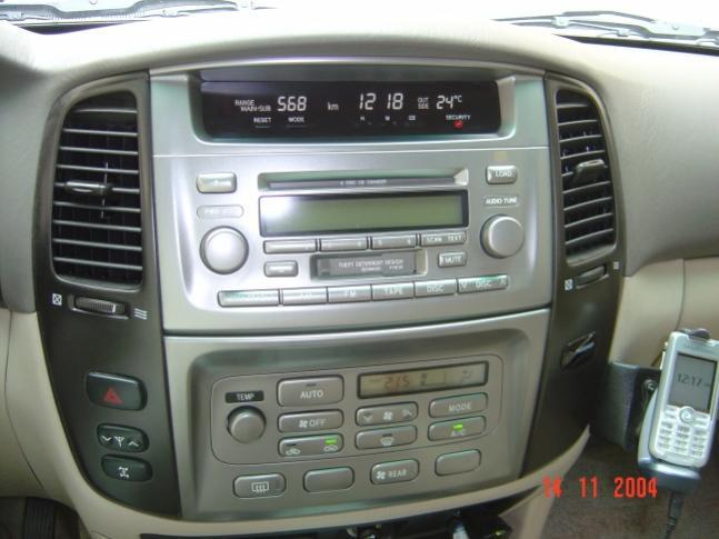 bord lexus lx470 compatibil cu navigatia dedicata lexus lx470 caraudiomarket