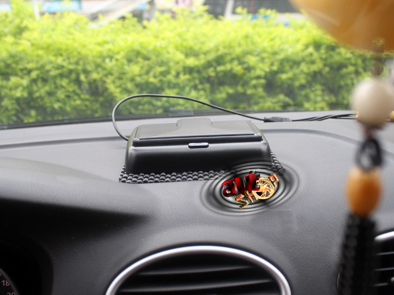 camera mers inapoi cu display si senzori de parcare caraudiomarket
