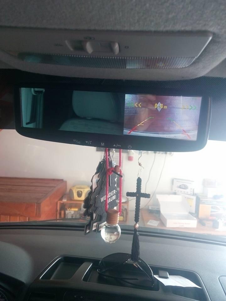 camera mers inapoi cu senzori de parcare si oglinda cu ecran caraudiomarket