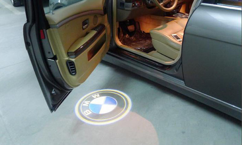 lampi dedicate cu logo bmw pentru bmw e90 e91 e92 e60 caraudiomarket