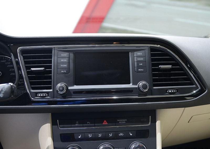 seat leon 2013 interior cu navigatie montata caraudiomarket