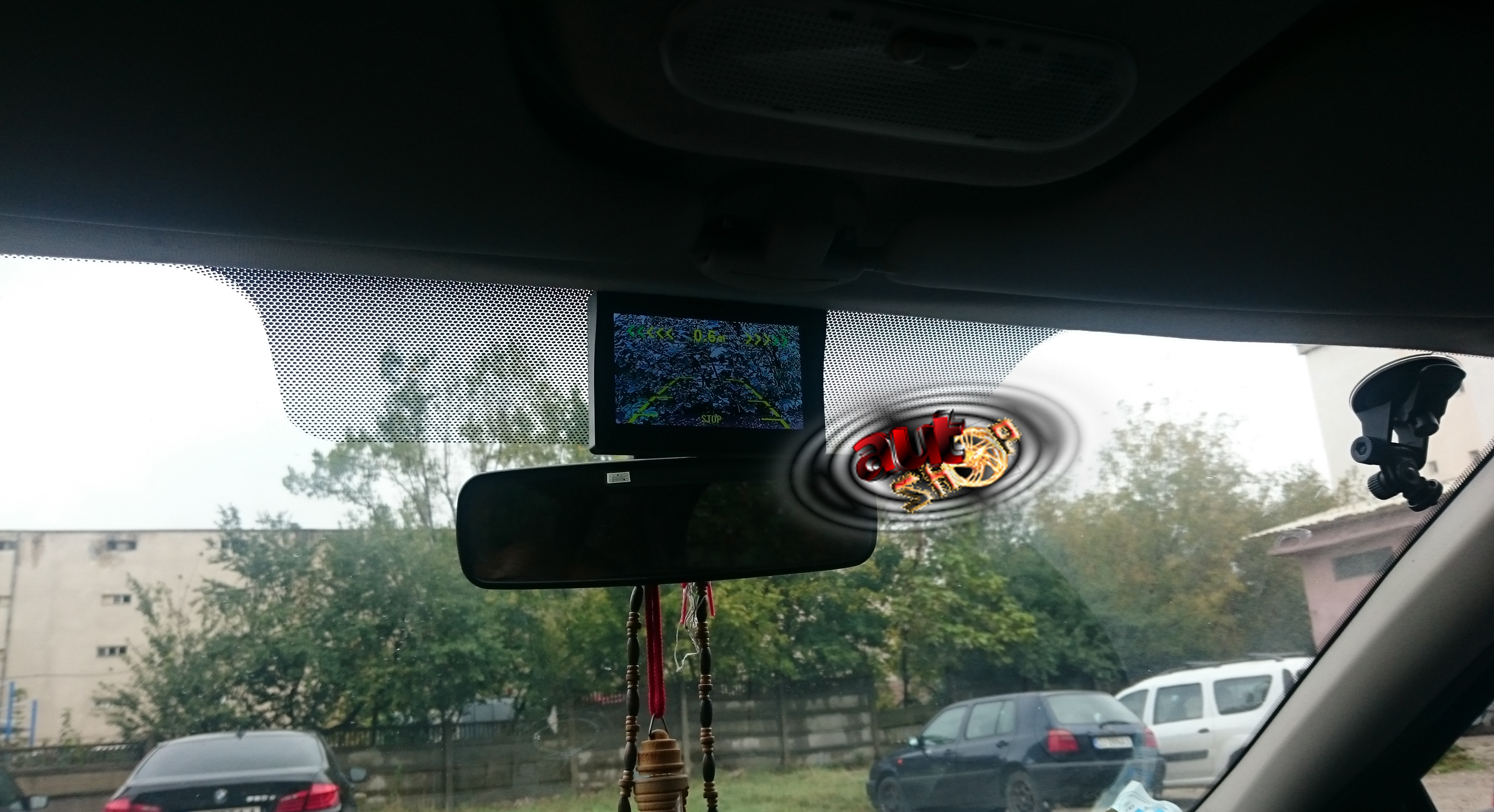 monitor auto cu camera marsarier si senzori parcare caraudiomarket
